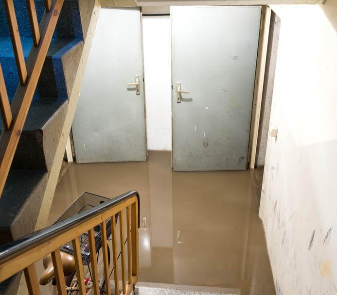 grundhochwasser die untersch tzte gefahr verbraucherzentrale nrw. Black Bedroom Furniture Sets. Home Design Ideas