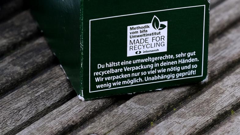 Packung mit Aufschrift Made for Recycling